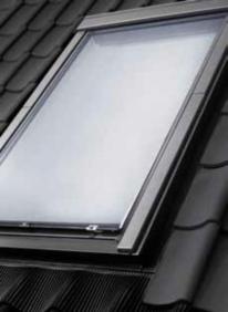 Velux Markýzy, dálkové ovládání na solární pohon MSL